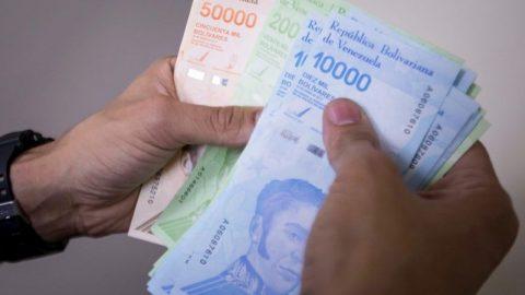 Sigue presión por ajuste del salario mínimo