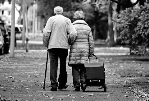 Pensión del IVSS equivale a 0.02 dólares al día
