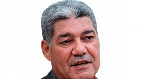 Ministro afirma que se regulará el teletrabajo y el salario mínimo no ha sido ajustado